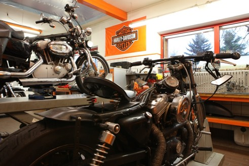 American Bike Barn Schwerin, Harley-Davidson Schwerin, Harley-Davidson, Schwerin, Harley, Motorrad, Bikes, HD Schwerin, Vermietung,Rostock, Staalfabrik, Mecklenburg Vorpommern, MV, Softail, Sportster, Touring, Street, Dyna, Mobile, Fat Bob, Street Bob, Wide Glide, Sport Glide, Fat Boy, Rostock, Street Glide, Ultra, Road King, Forty-Eight, Iron, Low Rider, Kraftrad, Harley Service, Harley-Vermietung, Gebrauchtbikes, Fashion, Harley Bekleidung